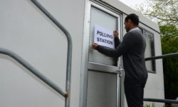 vl Polling station sign on portable building DSC_3219 (2)