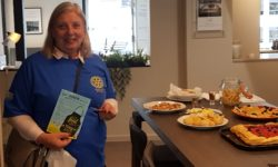Linda Emery sampling at A Bell & Co, Thame Food Trail