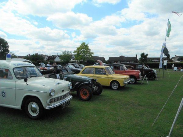 Rotary classic car meet in Buckingham